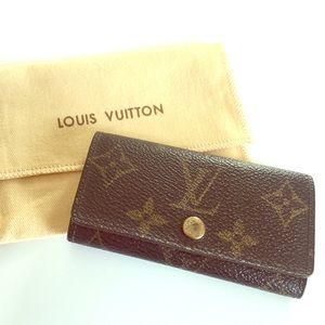 Authentic Louis Vuitton 4-Key Holder Case