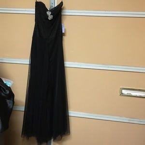Vera wang strapless gown black Sz 2