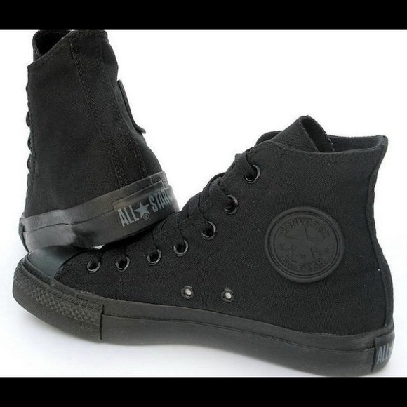 all black converse sneakers
