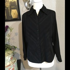 East 5th Tops - East 5th Petite Size Large Black Button Down 🎀
