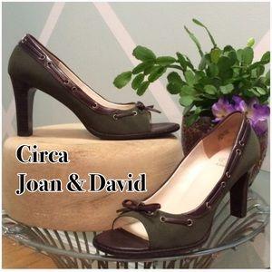 Joan & David Shoes - Circa - Laced Heel. EUC
