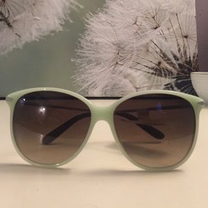 Mint Marc Jacob Sunnies