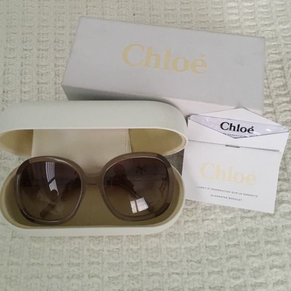 ba5ef63323 ✨PRICE DROP✨ Brand New Chloé Sunglasses