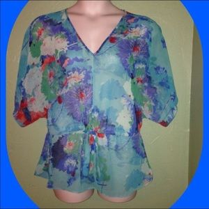 a.n.a Tops - 🌺Sheer Floral Top size Petite XL