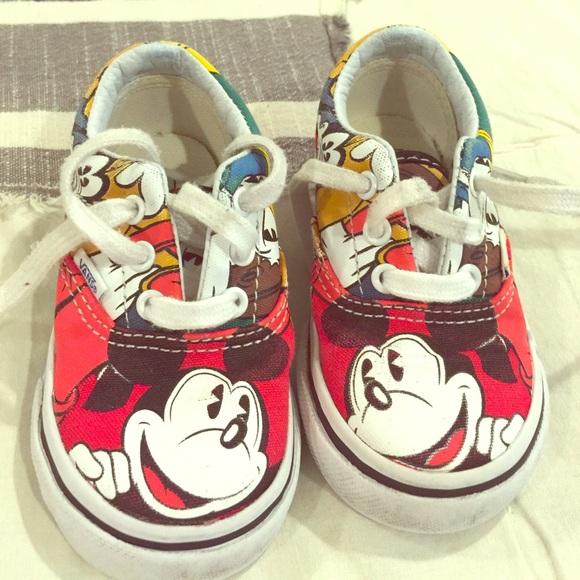 fd629d02f8 Mickey Mouse Vans toddlers. M 572974305c12f84faf01da99