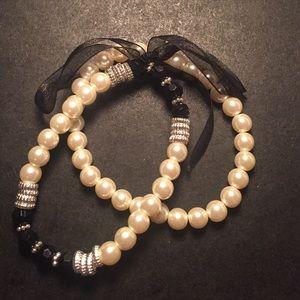 Jewelry - Pearl bracelet