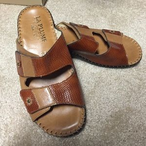Shoes - New comfortable sandals
