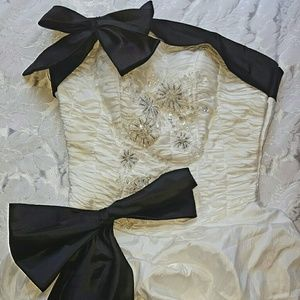 Dresses & Skirts - White & Black Gown