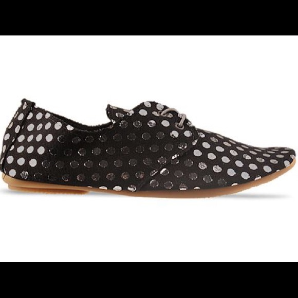 Anniel Shoes - Polka Dot Ballet Flats by Anniel
