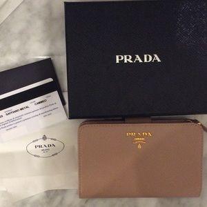 Saffiano metal pink nude Prada wallet