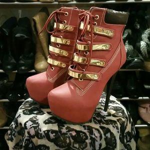 Breckelles Shoes - 🎉Hp🎊The Jackie Breckelle's platform stilettos