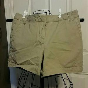 J. Crew Pants - J. CREW khaki Chino Shorts sz 6