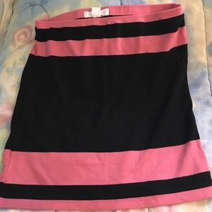 Black and pink pencil skirt