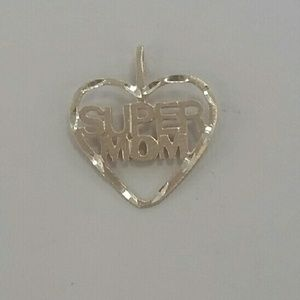 Jewelry - Super Mom heart pendant