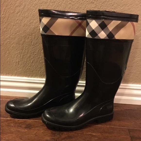 8829fe6d6ebc Burberry Shoes - Burberry Crosshill Rain Boot