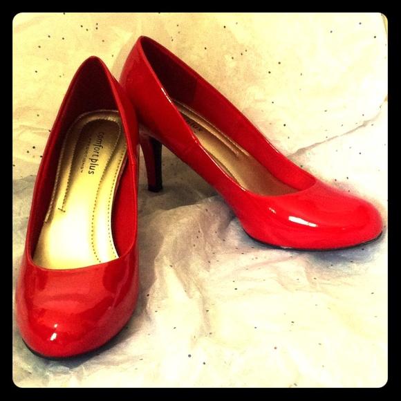 b93304c1056 Cherry Red Comfort Plus Kitten Heels. M 572a25aed14d7be439004c1b