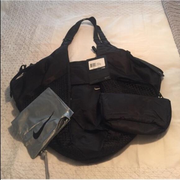 25 Off Nike Handbags Nike Victory Gym Bag Black From