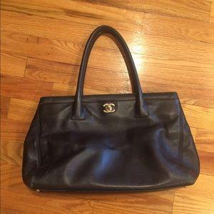 Womens Chanel bag