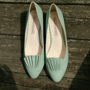 B.a.i.t. mint green vintage inspired shoes women's