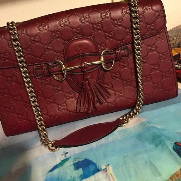 91a3f33914f8d4 Gucci Handbags - PRICE FIRM Guaranteed authentic Emily shoulder bag