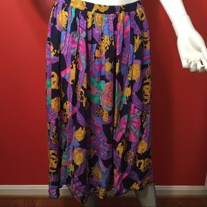 Colorful pattern vintage skirt