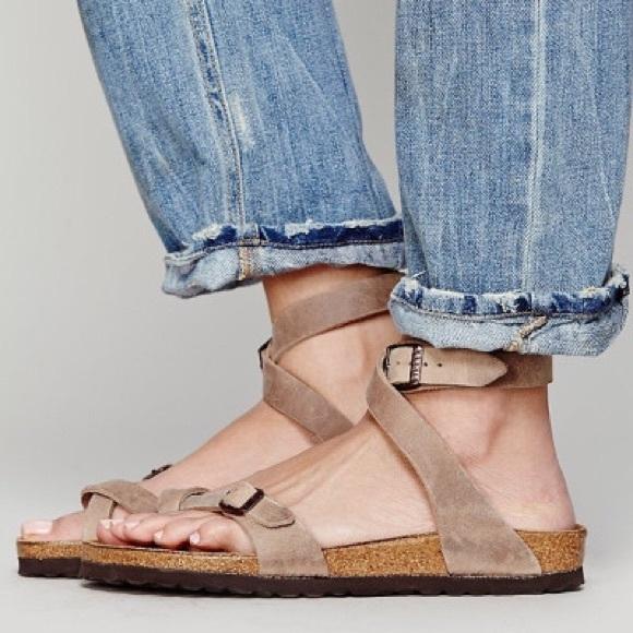 782b779bb4 Birkenstock Shoes - Birkenstock Yara Sandal size 39 in tobacco