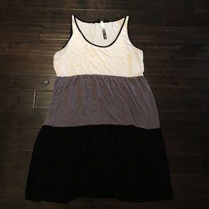 Kensie Dresses & Skirts - ⬇️☀☀️️price drop! KENSIE scoop neck tank dress
