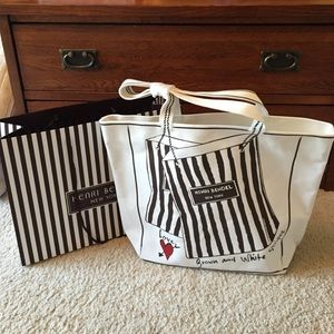 henri bendel Handbags - NEW Henri Bendel Tote