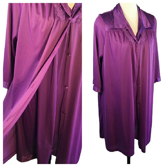 Vintage Intimates & Sleepwear | Purple Peignoir Vanity Fair Short ...