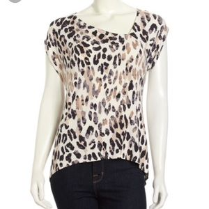 NEW Leopard top