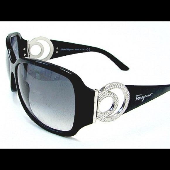 bb6e6ffc9cb Ferragamo Accessories -  ferragamo  2135B sunglasses