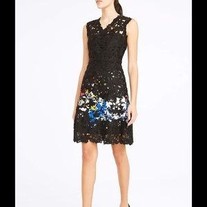Elie Tahari Dresses & Skirts - Elie Tahari Lace Floral Appliqué A-Line Dress