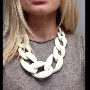 Cream chunky necklace