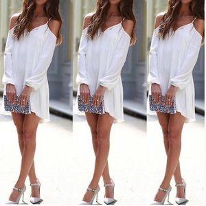 Mini dress cold shoulder