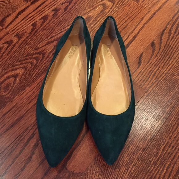 9840a22aa9e J. Crew Shoes - On-trend JCrew dark green velvet pointy toe flats