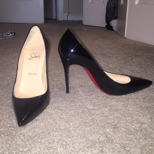 Open to offers! Christian Louboutin Décolleté 100