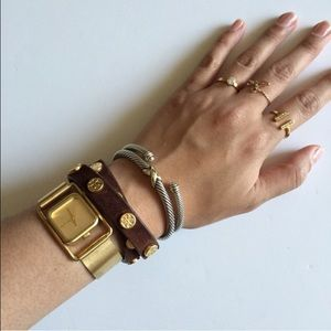 Nixon Accessories - Nixon gold watch