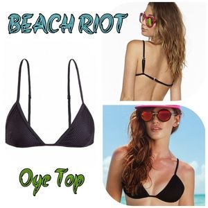 BEACH RIOT - OYE TOP