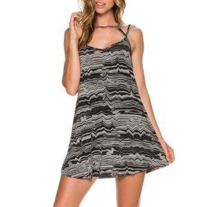 RVCA Dresses & Skirts - RVCA Zavey Jersey Dress