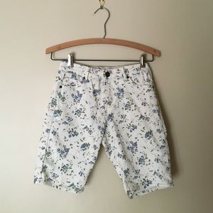 F21 l Blue Floral Denim Bermuda Shorts