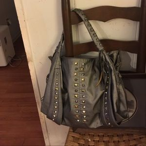 Handbags - Great silver purse 🌻