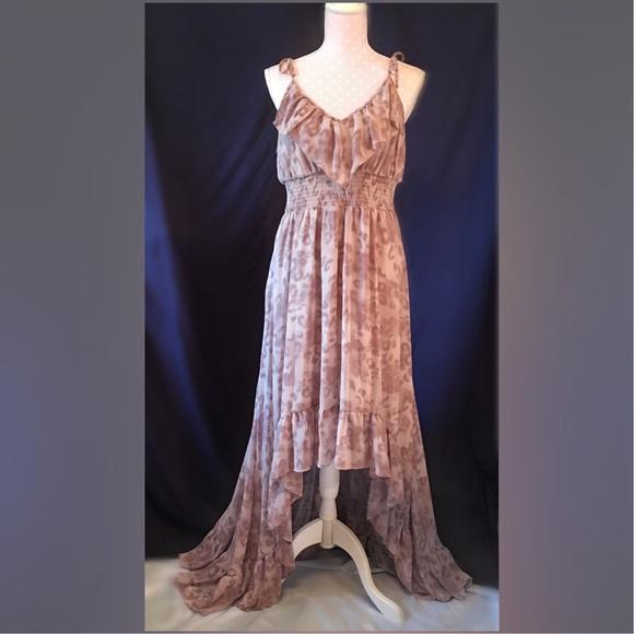 d48383208da0 Guess Dresses & Skirts - Animal-Print Chiffon High-Low Maxi Dress