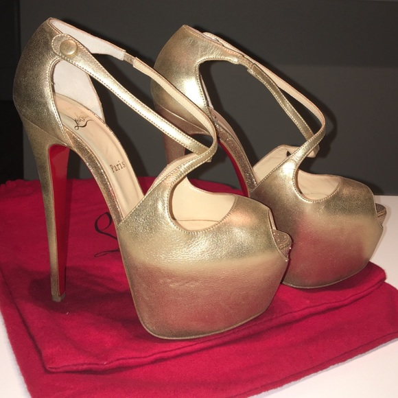 buy popular eb2b1 be5d5 Christian louboutin Exagona gold platform shoes