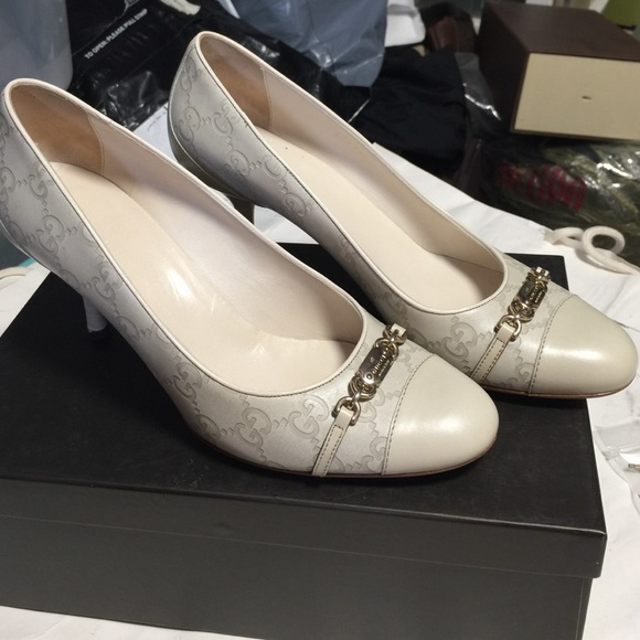 79fd3fc56 Gucci Shoes | White Leather Ssima Heels | Poshmark