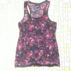 Wet Seal Tops - Lacy summery rose print top