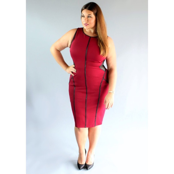Plus Size Sleeveless Piping Detail Bodycon Midi Dress 1X, 2X, 3X