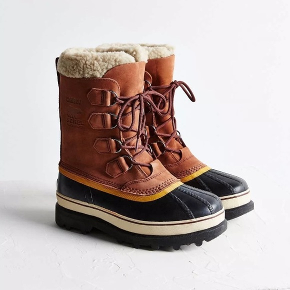 Sorel Caribou Sherpa Lined Boot Size 9