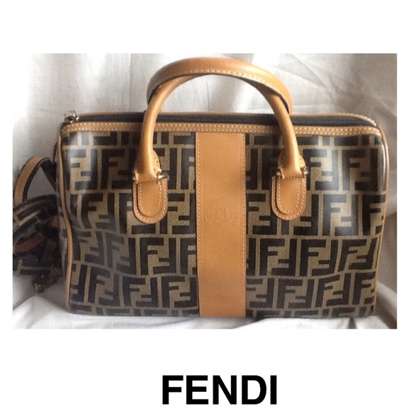 77c2490cf51d FENDI Handbags - Fendi Signature Tan Crossbody Doctor Satchel Bag