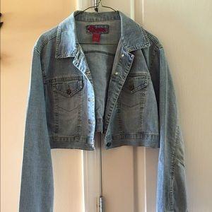 Jackets & Blazers - Short jean jacket