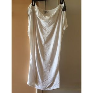 Fitted dress, scoop neck
